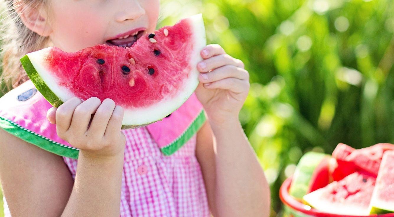夏まっさかり!あなたが夏の風物詩だと思う食べ物は?