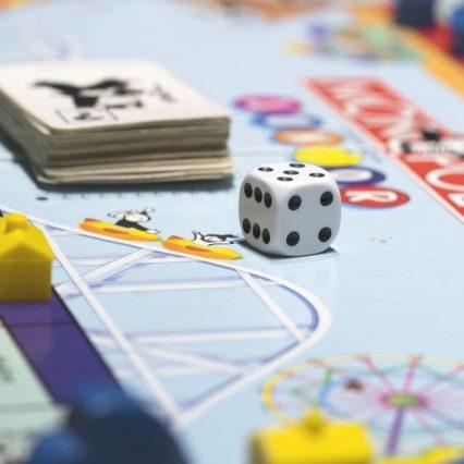 みんなで盛り上がれるテーブルゲームといえば?