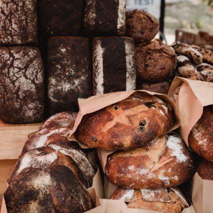 パン屋さんに行ったらついつい買ってしまうパンは?