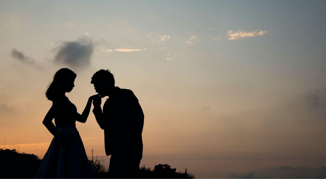 遠距離恋愛をテーマにした楽曲といえば?